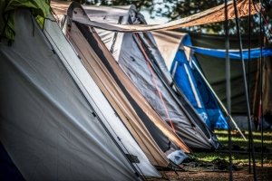 Don't be put off by crowds of campers. Photo: David Hill, Deep Hill Media